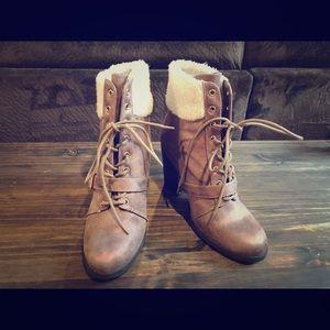 Express size 9 women's boots